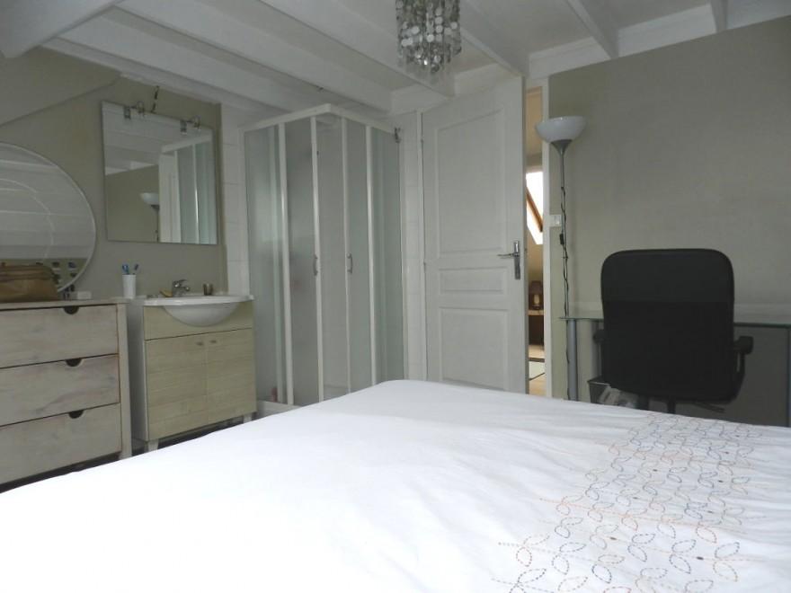 biens vendus maison r f 2384. Black Bedroom Furniture Sets. Home Design Ideas