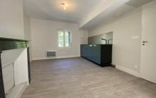 Tranchée Mi-cote, Appartement entièrement refait à neuf dans une petite copropriété